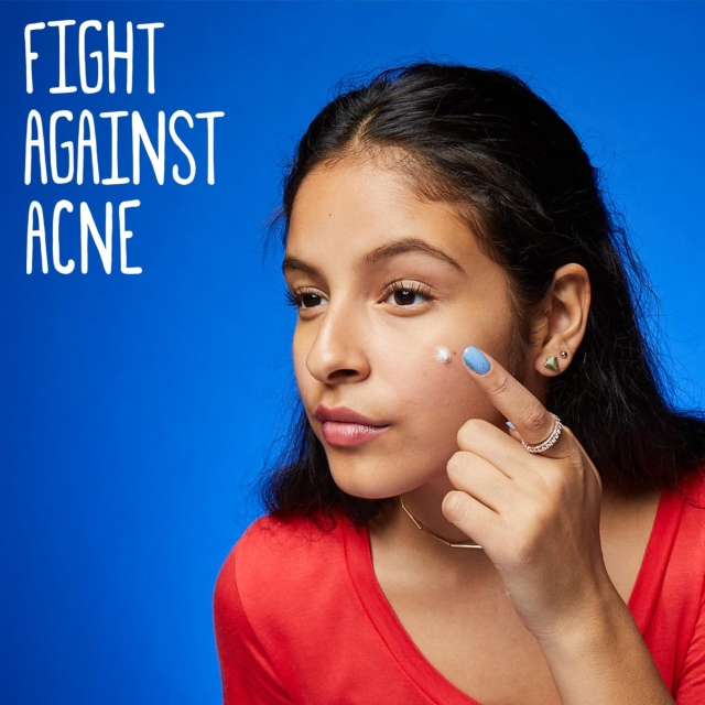 Fight against acne with Clean and Clear